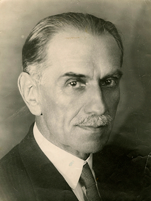 Enrique Molina Garmendia